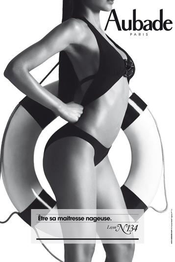 Ligne graphique et sexy pour ce magnifique trikini.
